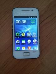 продам мобильный телефон samsung gt-s5830i